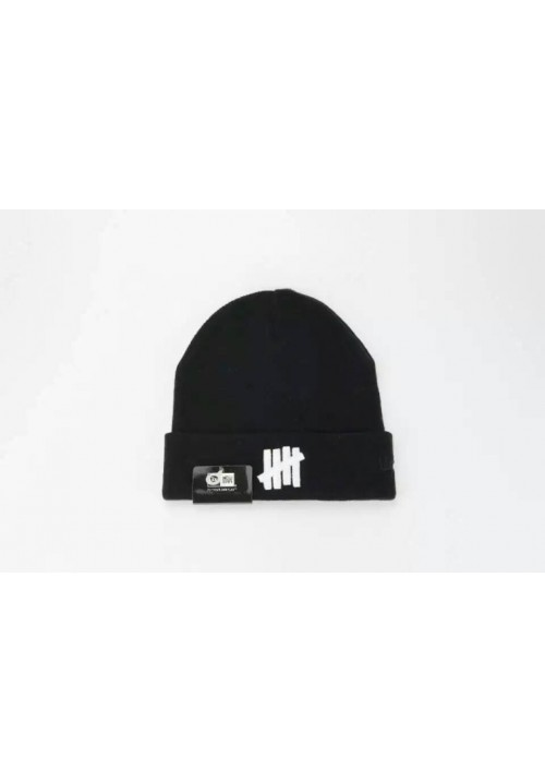 Undefeated 5 Strike Classic Beanie Hat (Black)