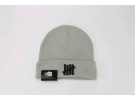 Undefeated 5 Strike Classic Beanie Hat (Gray)