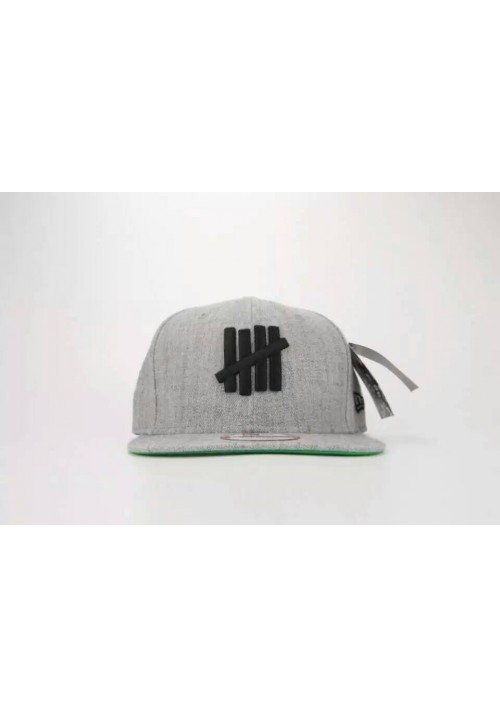 Undefeated 5 Strike Logo Snapback Hat (Gray)