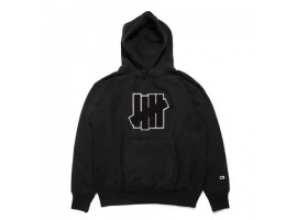 Undefeated 5 Strike Pouch Hoodie (Black)