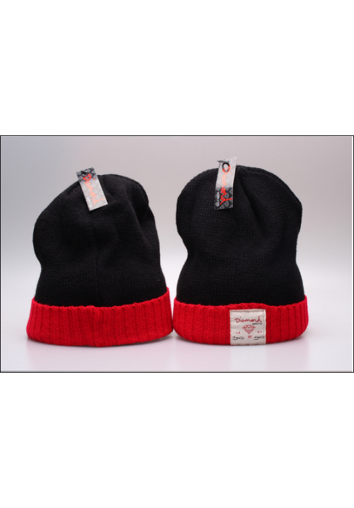 Diamond Supply CO Box Logo Beanie Hat (Black/Red)